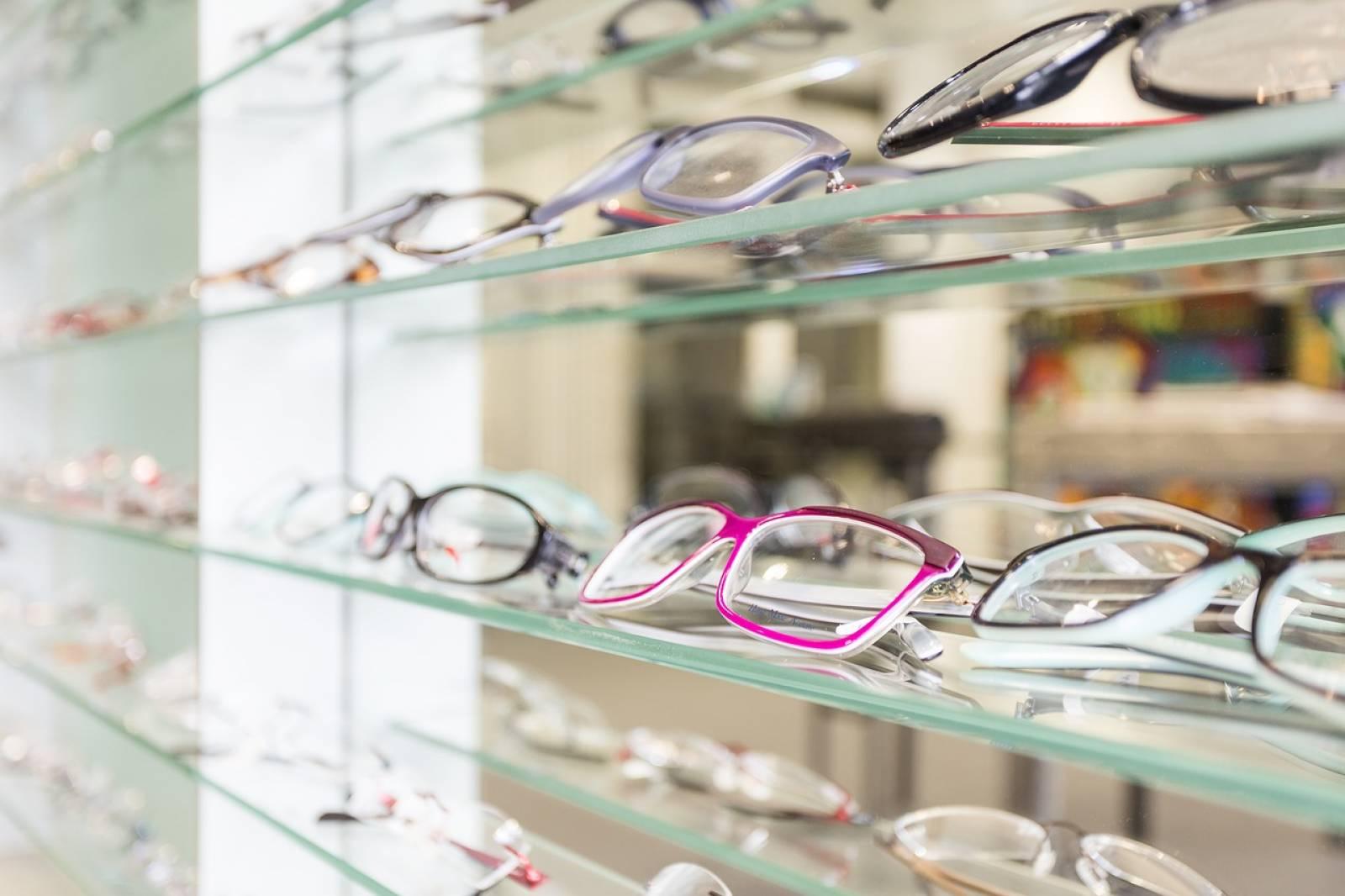 Opticien pour vente de lunette de vue à Plan
